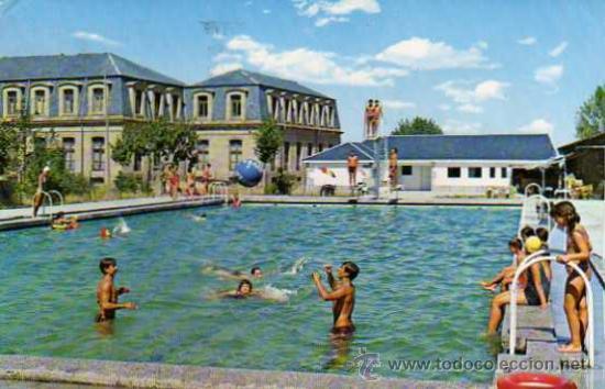 Piedrahita n 86 piscina municipal y palacio de comprar for Piscina 86 mundial madrid