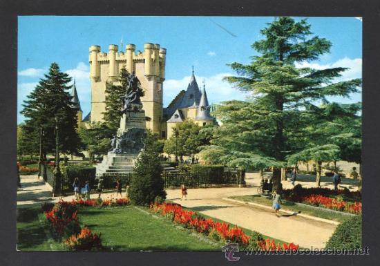 SEGOVIA. *PARQUE DEL ALCAZAR* ED. M. ROYUELA - ALARDE Nº 14. CIRCULADA 1966. (Postales - España - Castilla y León Moderna (desde 1940))