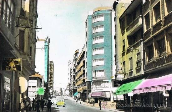 PONFERRADA - AVENIDA JOSE ANTONIO - LEON - RRR POSTAL FOTOGRAFICA COLOREADA A MANO - AÑOS 50 (Postales - España - Castilla y León Moderna (desde 1940))