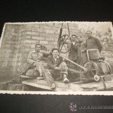 Postales: MIRANDA DE EBRO BURGOS GRUPO DE OBREROS CON MAQUINA DE SONDEO OBRAS PUBLICAS FECHADA EN 1935. Lote 35576406
