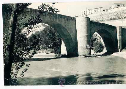 BURGOS, ROA. PUENTE SOBRE EL RIO DUERO. ED. VISTABELLA. CIRCULADA (Postales - España - Castilla y León Moderna (desde 1940))