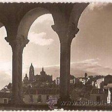 Postales: ANTIGUA POSTAL 10 SEGOVIA VISTA DESDE EL ATRIO DE LA IGLESIA DE SAN MILLAN 1953 ED GARCIA GARRABELLA. Lote 37018921