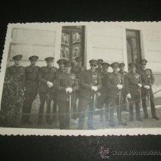 Postales: VALLADOLID MILITARES DE CABALLERIA CONDECORADOS EN LA ACADEMIA POSTAL FOTOGRAFICA AÑOS 40. Lote 38225288