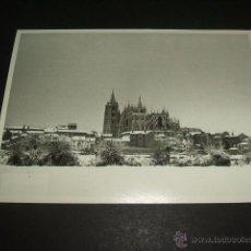 Postales: LEON VISTA DE LA CIUDAD NEVADA FOTOGRAFIA 14,5 X 10,5 CMTS. Lote 50380402