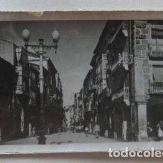 Postales: POSTAL DE SORIA, CALLE DEL GENERAL MOLA. Lote 62158552