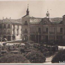 Postales: BURGO DE OSMA (SORIA) - PLAZA MAYOR. Lote 104034323