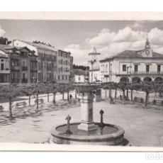 Postales: FOTOGRAFÍA POSTAL .- VILLARCAYO (BURGOS).- PLAZA MAYOR - 1955. Lote 104735743