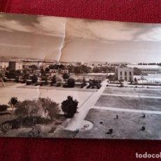 Postales: BURGOS.VISTA GENERAL CIUDAD DEPORTIVA. ED.POSTAL MADRID PISA Nº11 CIRCULADA 1958. RARA. Lote 115710131