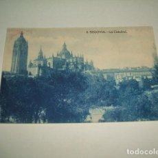 Postales: SEGOVIA VISTA DE LA CATREDAL. Lote 131064956