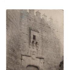 Postales: CUELLAR (SEGOVIA).- CASTILLO PUERTA DE ENTRADA. Lote 131949170