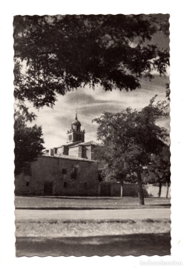MEDINACELI. (SORIA).- ENTRADA A LA VILLA. AL FONDO LA COLEGIATA (Postales - España - Castilla y León Antigua (hasta 1939))
