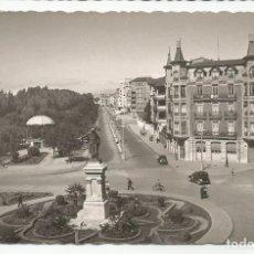 Postales: LEÓN - PLAZA DE GUZMÁN EL BUENO - Nº 42 ED. GARCÍA GARRABELLA. Lote 146019130