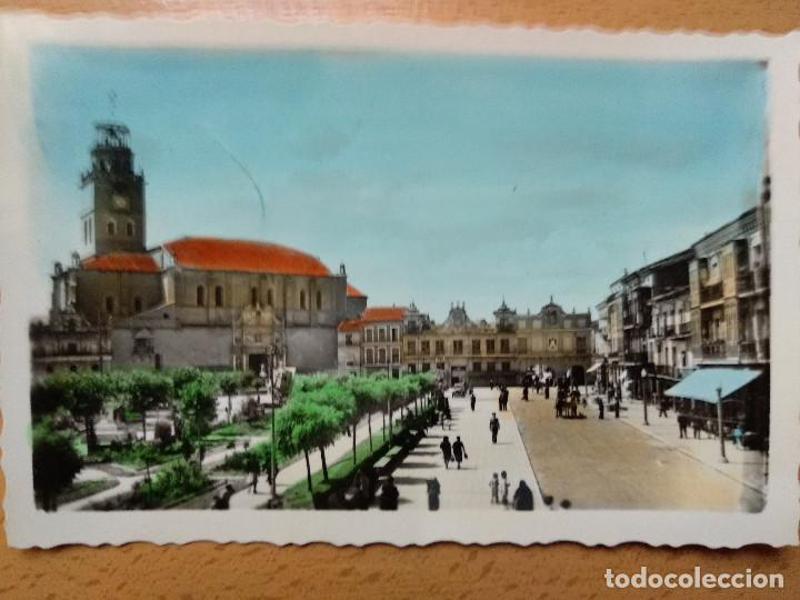MEDINA DEL CAMPO. VALLADOLID. PLAZA DE ESPAÑA. ED. ARRIBAS 26. (Postcards - Spain - Modern Castile and León (since 1940))