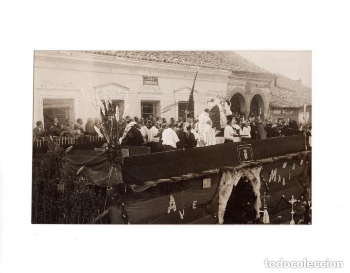 OLMEDO.(VALLADOLID).- CASA CONSISTORIAL Y PLAZA MAYOR. POSTAL FOTOGRÁFICA. B. VILLAESOUSA. ÁVILA (Postales - España - Castilla y León Antigua (hasta 1939))