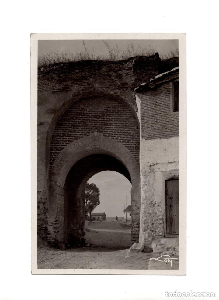 OLMEDO.(VALLADOLID).- ARCO DE SAN MIGUEL (Postales - España - Castilla y León Antigua (hasta 1939))