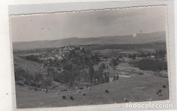 FOTOGRAFÍA TAMAÑO POSTAL VISTA PARCIAL DE LA PUEBLA DE SANABRIA. ZAMORA ESCRITA FECHADA EN 1957 (Postales - España - Castilla y León Antigua (hasta 1939))