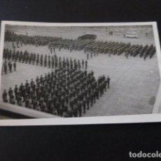Postales: BURGOS MILITARES FORMADOS VICTOR FOTOGRAFO. Lote 164275638