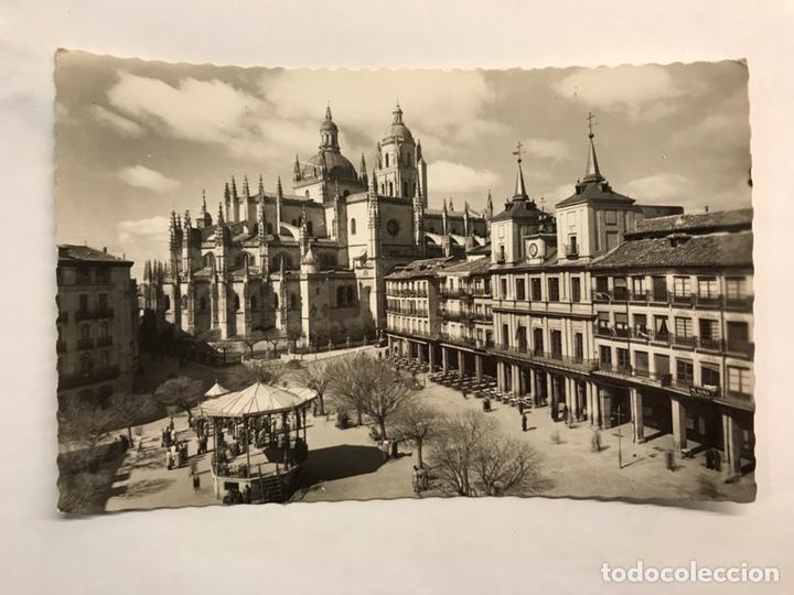 SEGOVIA. POSTAL NO.42, PLAZA DEL GENERAL FRANCO. EDITA: GARCIA GARRABELLA (H.1950?) ESCRITA.. (Postales - España - Castilla y León Moderna (desde 1940))