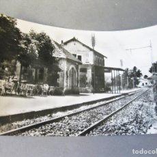 Postales: POSTAL FOTOGRÁFICA CIRCULADA DE LA ESTACIÓN DE TREN DE SAN RAFAEL. APEADERO. Lote 168649812