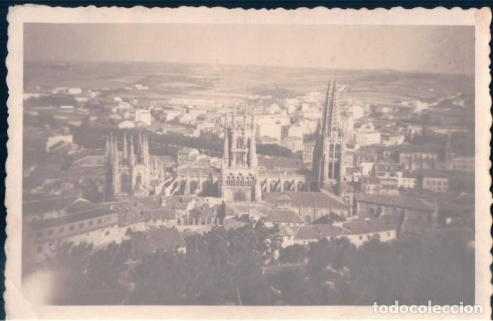 FOTOGRAFIA POSTAL BURGOS VISTA GENERAL CATEDRAL - CIRCULADA SIN SELLO (Postales - España - Castilla y León Antigua (hasta 1939))