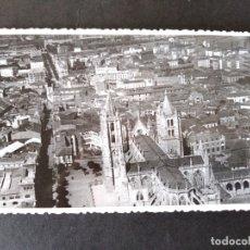 Postales: LEON VISTA AEREA DE LA CATEDRAL. Lote 171640238