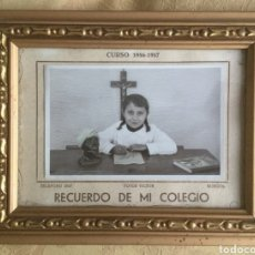 Postales: FOTOGRAFÍA ESCOLAR DE BURGOS, NIÑA CON HUCHA DEL DOMUND. AÑO 1956, 57.. Lote 176099638