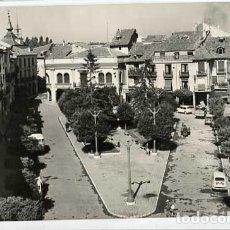 Postales: BURGOS ARANDA DE DUERO PLAZA DEL CAUDILLO. ED. SICILIA 6. CIRCULADA. Lote 178063557