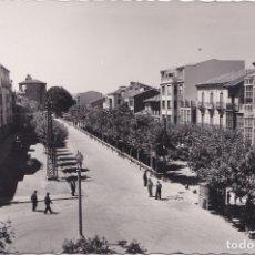 Postales: ARANDA DE DUERO (BURGOS) - AVENIDA DEL GENERALISIMO. Lote 178385492
