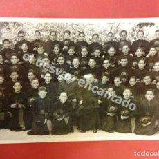 Postales: BURGOS. NIÑOS SEMIRARISTAS POSANDO EN GRUPO. FOTO-POSTAL CON SELLO FOTÓGRAFO AL REVERSO. AÑOS 1950S. Lote 179180468