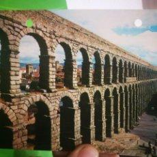 Postales: POSTAL SEGOVIA EL ACUEDUCTO 1973 ESCRITA,SELLADA Y AGUJEREADA. Lote 183424865