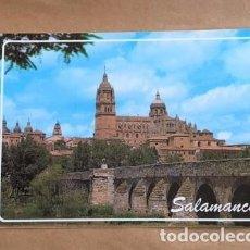 Postales: SALAMANCA, CATEDRAL Y PUENTE ROMANO. FOTO 1989. Lote 194576845