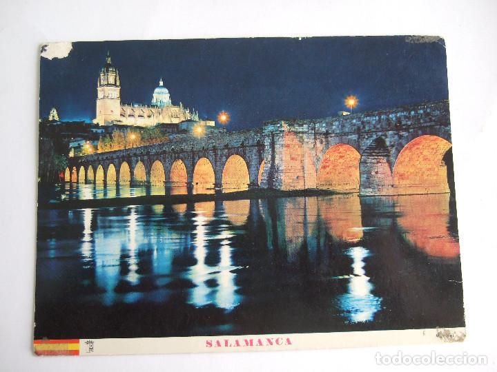 POSTAL SALAMANCA - PUENTE ROMANO ILUMINADO - 1966- MANIPEL 13 - CIRCULADA (Postales - España - Castilla y León Moderna (desde 1940))