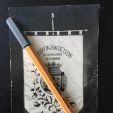 Postales: ESTANDARTE LA DIPUTACIÓN DE LEÓN A LA COLONIA LEONESA DE LA HABANA.POSTAL S A. COHNER,CUBA. Lote 199429125