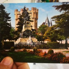 Postales: POSTAL SEGOVIA PARQUE DEL ALCÁZAR N 78 ARRIBAS S/C. Lote 218380891