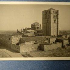 Postales: ZAMORA - LA CATEDRAL DESDE EL CASTILLO - COLECCION LOTY. Lote 222795361