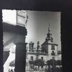 Postales: BURGO DE OSMA - HOSPITAL Y PLAZA - Nº 9 ED. DARVI. Lote 232018960