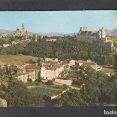 Postales: 2.006-SEGOVIA. CATEDRAL Y ALCAZAR DESDE LA FUENCISLA. Lote 233988780