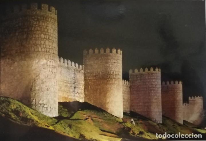 POSTAL DE ÁVILA. ASPECTO NOCTURNO DE LAS MURALLAS (Postales - España - Castilla y León Moderna (desde 1940))
