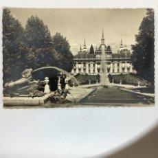 Postales: POSTSL SEGOVIA. GRANJA SAN ILDEFONSO. PALACIO Y TEMPLETE TRES GRACIAS. GARABELLA H. 1950. Lote 269132448