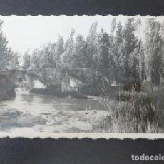 Postales: ROA DE DUERO BURGOS PUENTE POSTAL FOTOGRAFICA FOTO ESTEBAN ROA. Lote 275099303