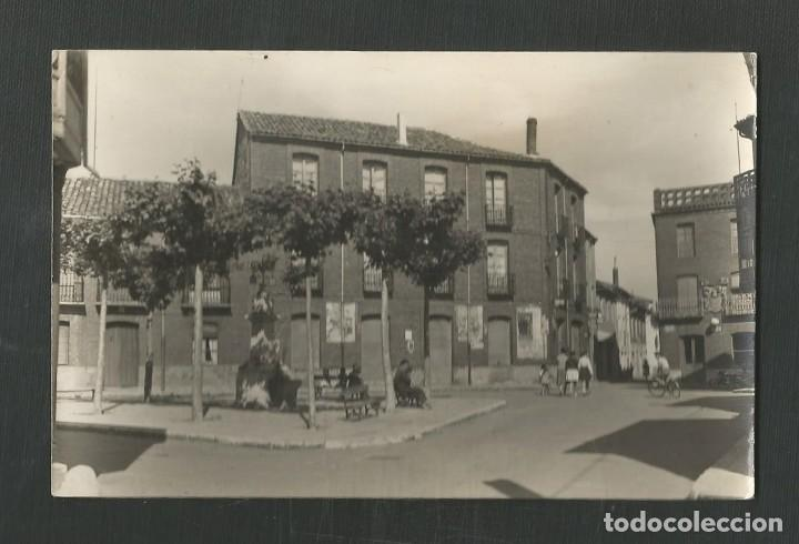 POSTAL ESCRTITA PERO NO CIRCULADA HERRERA DE PISUERGA 1 (PALENCIA) PLAZA CALVO SOTELO EDITA ALARDE (Postales - España - Castilla y León Moderna (desde 1940))