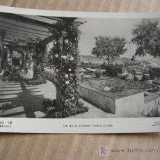 Postales: S´AGARÓ- 10-UN DELS JARDINS PARTICULARS-AÑOS 30- TALLERES ZERKOWITZ.. Lote 15843169