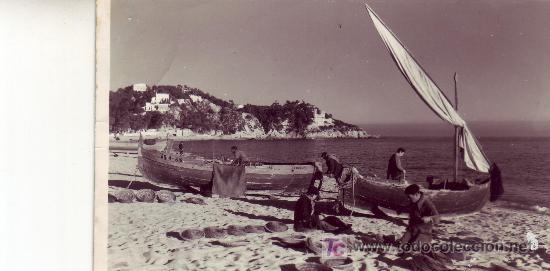 POSTAL FOTOGRAFICA DE COSTA BRAVA.LLORET DE MAR.PREPARANDO PARA LA PESCA. (Postales - España - Cataluña Moderna (desde 1940))