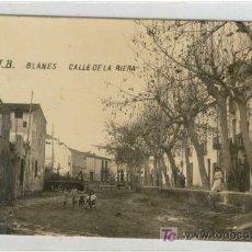 Postales: (PS-5010)POSTAL FOTOGRAFICA DE BLANES-CALLE DE LA RIERA. Lote 7567837
