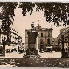 Postales: ANTIGUA POSTAL 104 FIGUERAS RAMBLA SARA JORDA MONUMENTO A NARCIS MONTURIOL FOTO M.C. Lote 9697842