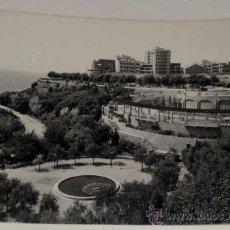 Postales: ANTIGUA FOTO POSTAL DE TARRAGONA - PARQUE DEL MILAGRO . RAYMOND. SIN CIRCULAR. Lote 12465375