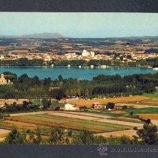 Postales: POSTAL DE PORQUERES (GIRONA): VISTA GENERAL I AL FONS BANYOLES (CYP NUM.GE 3517). Lote 13795647