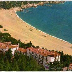 Postales: BONITA POSTAL - LLORET DE MAR (GERONA) - HOTEL RIGAT PARK Y PLAYA DE FANALS . Lote 14804657