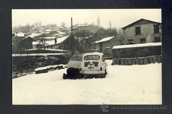 FOTO DE GER (GIRONA): PAISATGE NEVAT. SEAT 600 (Postales - España - Cataluña Antigua (hasta 1939))
