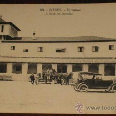 Postales: ANTIGUA POSTAL DE SITGES - COCHES EN TERRAMAR - Nº 68 - FOT. L. ROISIN - NO CIRCULADA.. Lote 18342058